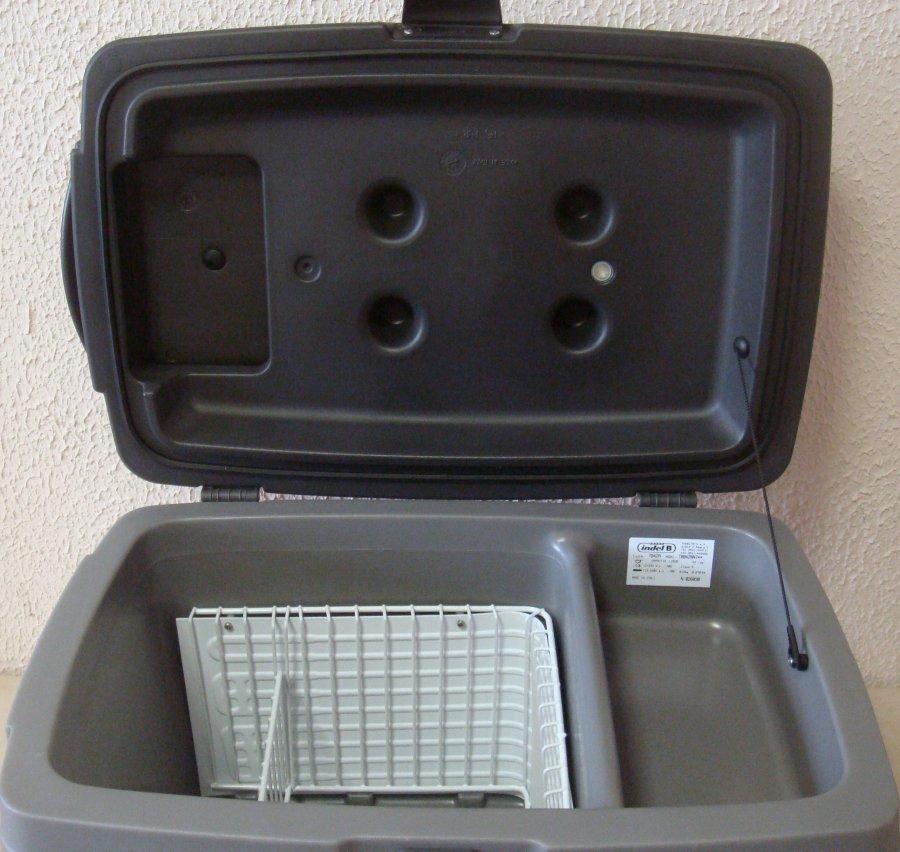 Автохолодильник компрессорный Indel B TB42A - 7