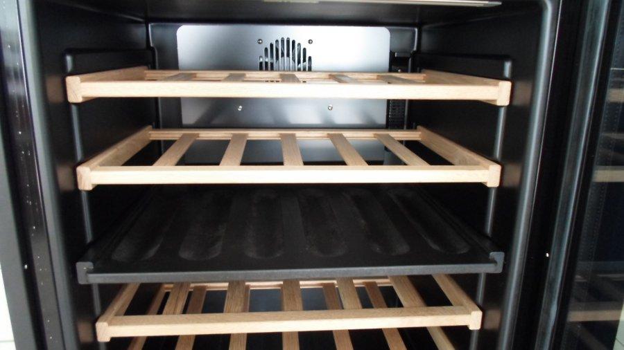 Винный шкаф Indel B BUILT-IN 36 HOME PLUS(две температурные зоны) - 7